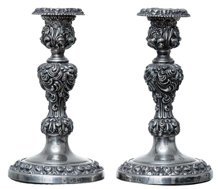 PAIR OF SILVER CANDLESTICKS BY DANIEL HOLY & CO, SHEFFIELD 1825