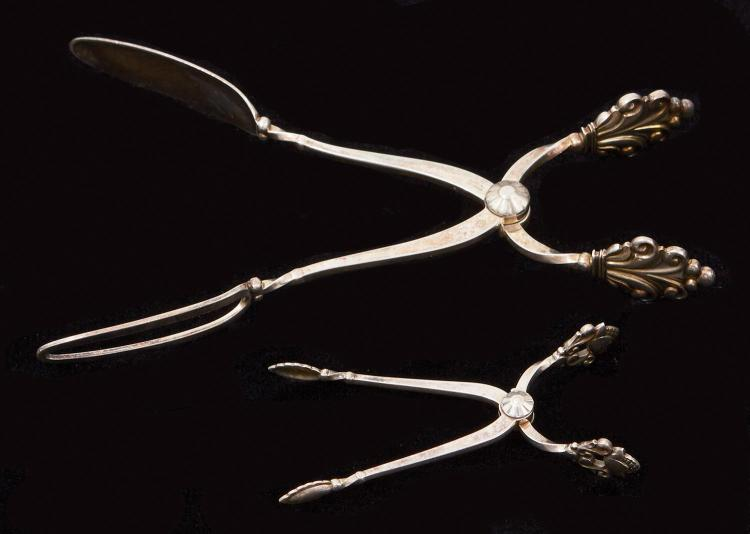 GEORG JENSEN STERLING SILVER ''ACORN'' SUGAR TONGS, WITH JENSEN 'ACCANTHUS STERLING SANDWICH TONGS
