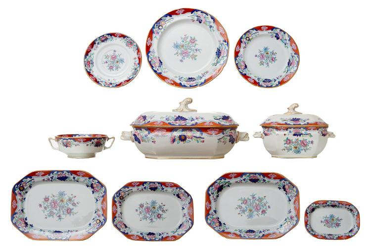 A COPELAND SPODE 'CHINESE ROSE' NEW STONE DINNER SERVICE
