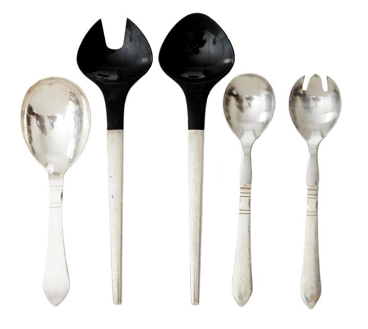 GEORG JENSEN STERLING SILVER ''CONTINENTAL'' SERVERS AND SERVING SPOON, WITH JENSEN STERLING AND BAKELITE SALAD SERVERS BY HENNING KOPP