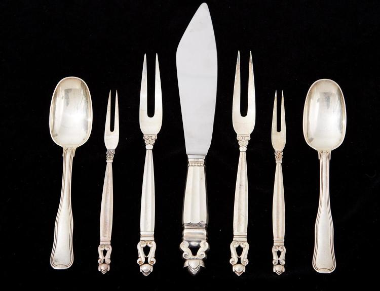 A GRADUATED SET OF GEORG JENSEN STERLING SILVER ''ACORN'' PICKLE AND ROAST FORKS, WITH CAKE SERVING KNIFE AND TWO 'OLD DANISH' SPOONS