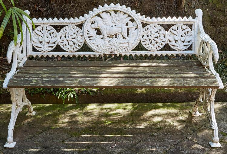 A VICTORIAN CAST IRON ''FERN & DOG'' BENCH BY JAMES HYDE & SONS, BALMAIN, SYDNEY