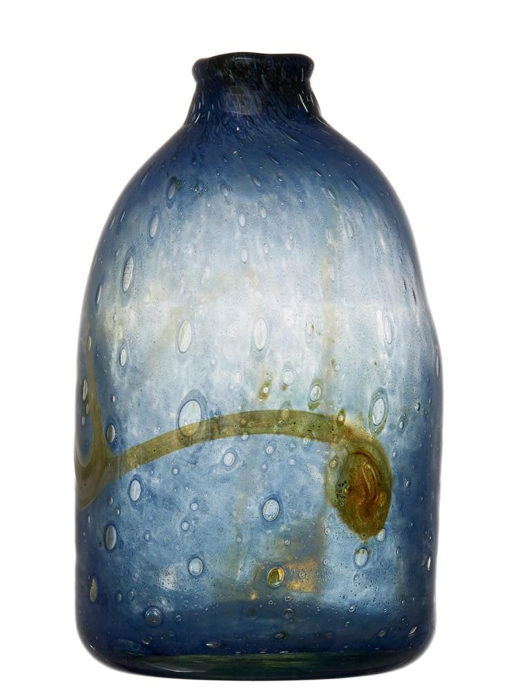 A STUDIO GLASS VASE BY SAM HERMAN (AMERICAN BORN 1936)