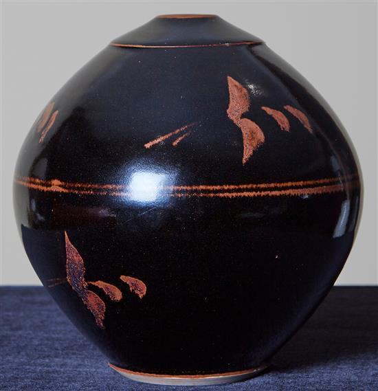 LES BLAKEBROUGH (born 1930) Vase ceramic