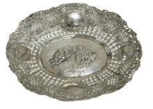 A PIERCED CONTINENTAL SILVER BASKET, CIRCA 1870. 3.5cm high, 24.5cm wide, 19cm deep, 240 gms silver