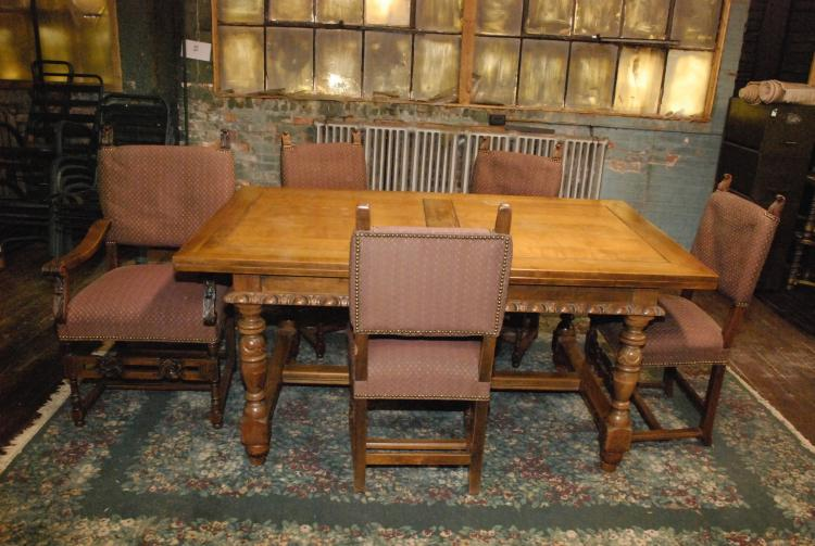 Antique Flemish Dining Room Table With 5 Chairs