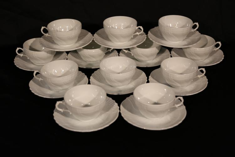 Set of 12 Richard Ginori Cups and Saucers