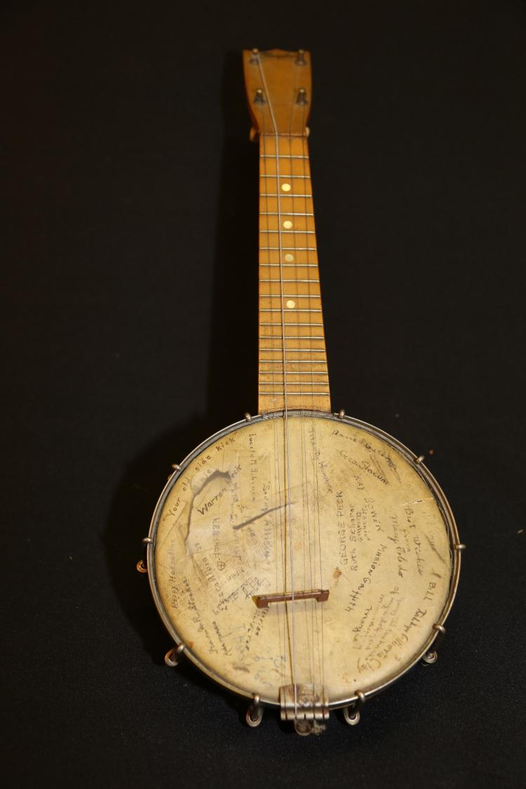 Antique Banjo Clarophone tenor banjo