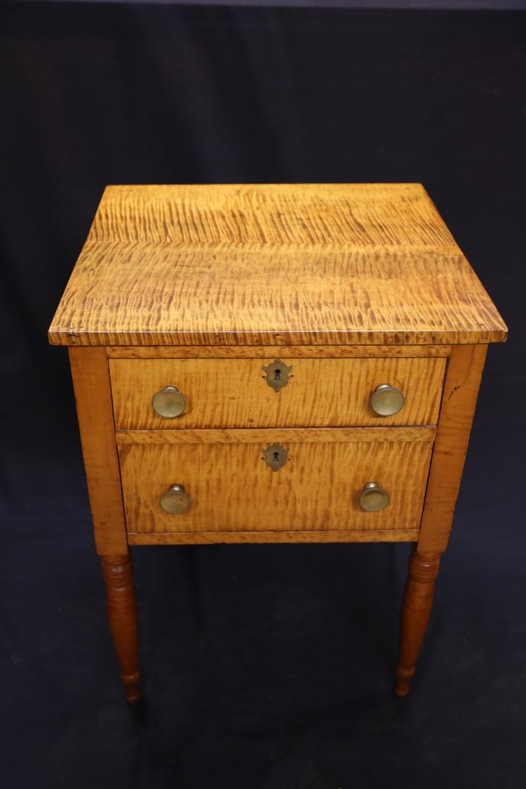 Early 19th century Sheraton two drawer Tiger Maple table