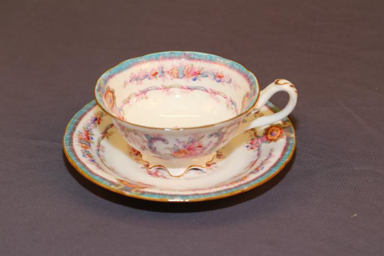Cauldron Stoke on Trent bone china tea cup & saucer W.H Plummer NY