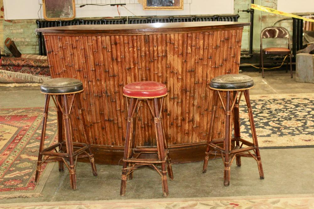 Wondrous Authentic Tiki Bar With Stools Gmtry Best Dining Table And Chair Ideas Images Gmtryco