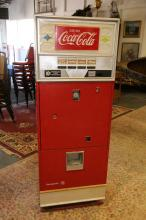 Vintage Coke machine circa 1960 model WB-78-4A-10