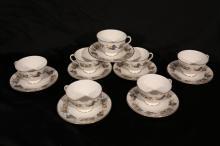 14 piece Tea cups and saucers. Royal Doulton