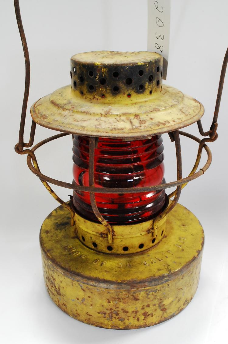 Antique Handlan Prop Of So Calif Gas Co Yellow Red Globe Kerosene Lantern