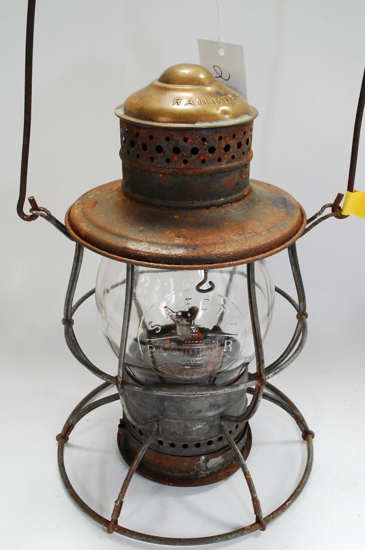 Antique B&O RR Safety First Enbossed Globe No 39 Railroad Lantern