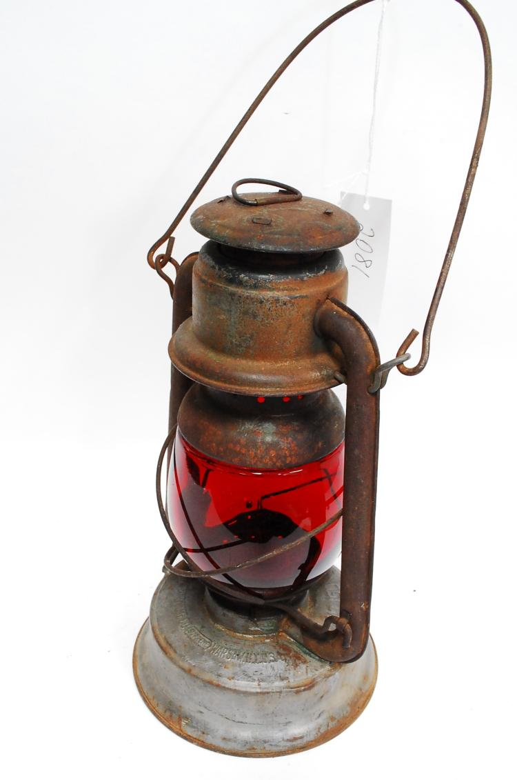 Antique Embury Mfg Co Little Supreme No 150 Red Globe Lantern