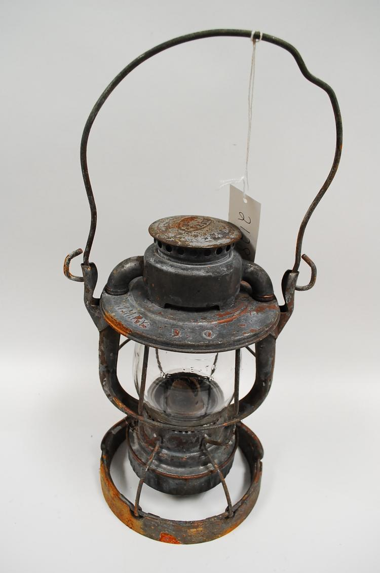 Antique Dietz Vesta WMRY Railroad Lantern With Clear Globe