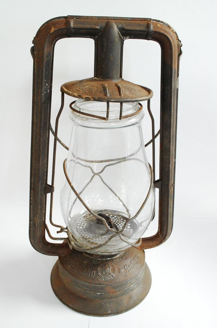 Antique WW2 Nier Feuerhand No.25 Firehand Clear Globe Street Or Barn Lantern