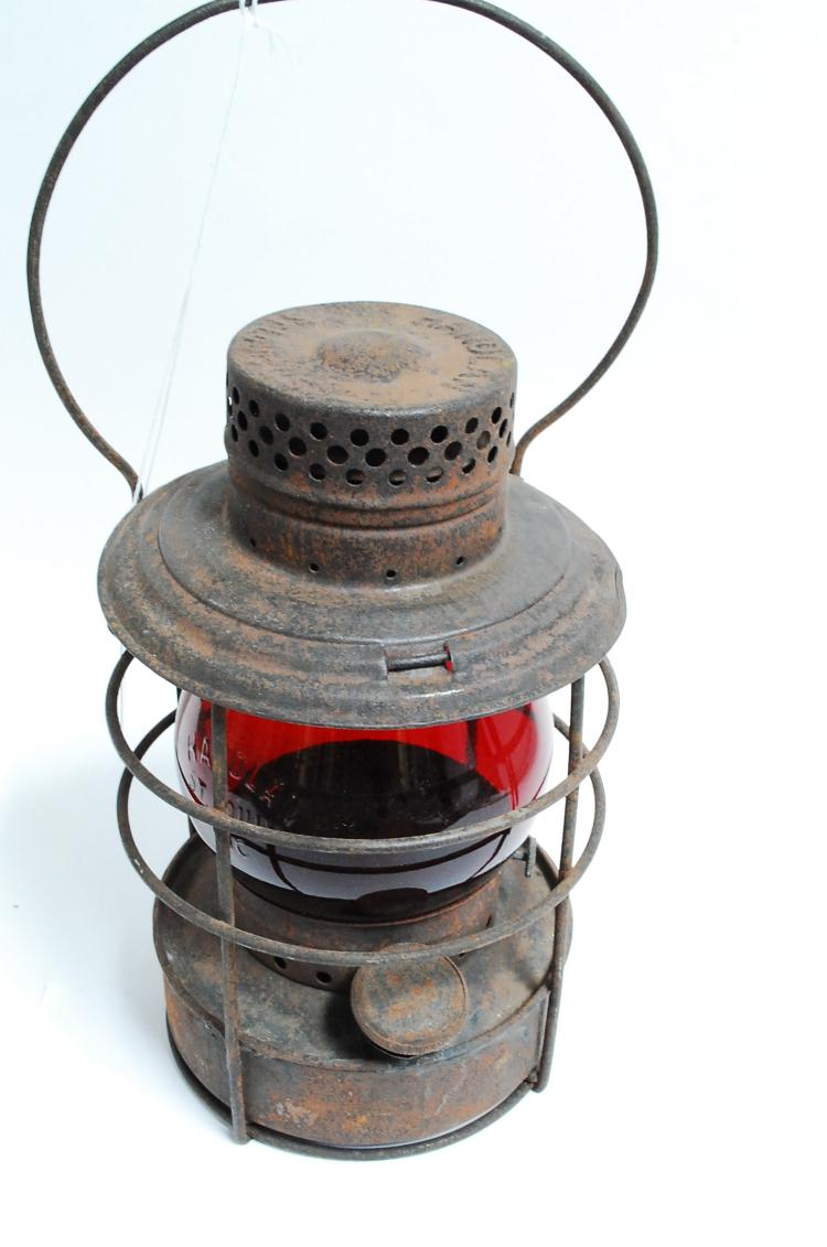 Antique Handlan Railroad Lantern With Red Embossed Handlan St. Louis Inc Globe