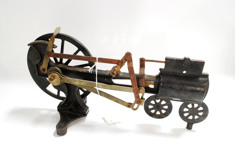 Antique Cast Iron Railroad Train Steam Engine Mechanical Hand Winding Machine To Explain How A Steam Engine Works
