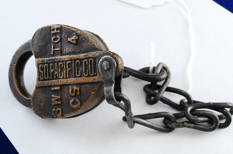 Antique A&W Co Southern Pacific Co Railroad Switch Cs4 Solid Brass Heart-Shaped Railroad Padlock