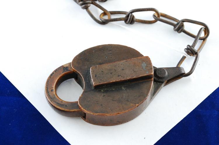 Antique W Bohannan Solid Brass Heart-Shaped Io Co Ltd Railroad Padlock No Key