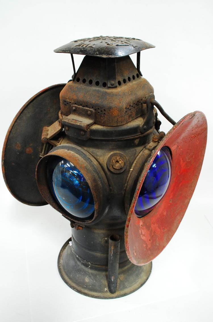 Antique Adlake Non Sweating Lamp Railroad 4 Way Switch Caboose Oil Lantern