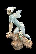 Lladro Porcelain #7690 Gloss