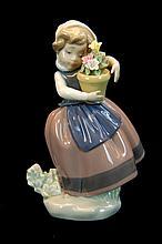 Lladro Porcelain #5223 Gloss