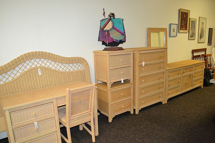 Lexington wicker henry link bedroom furniture set - Used lexington bedroom furniture ...