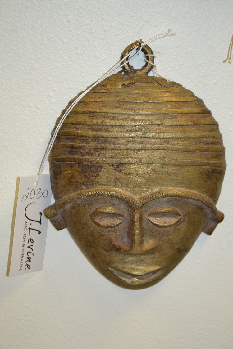 Cast bronze african gold coast tribal mask for Chinese furniture gold coast
