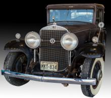 1931 Cadillac 4-Door Town Sedan 355-A