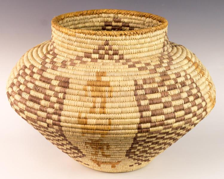 Papago Basket w/ Anthropomorphic Design