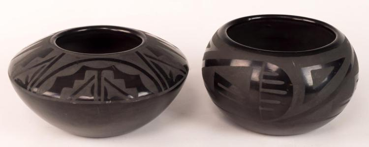2Pc Santa Clara Pueblo Minnie Vigil (20th C) Pots