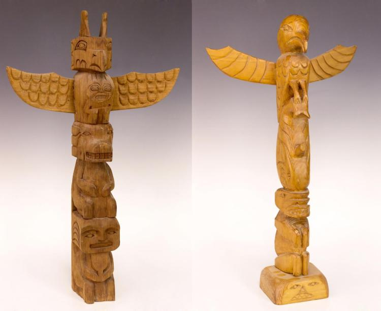 2Pc Nuu-chah-nulth Charlie Mickey Model Totem Pole