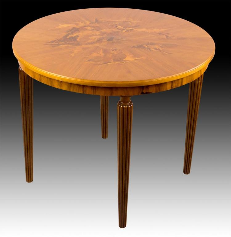 20th C Wood Round Table