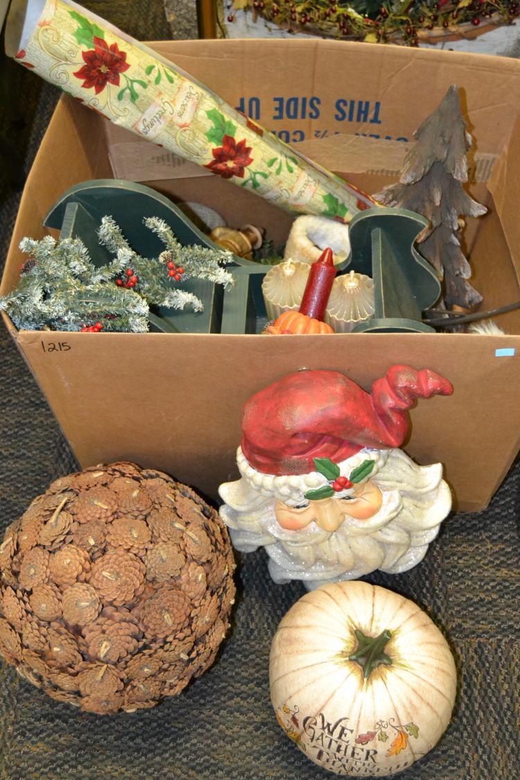 Lot Of Large Modern Christmas Home Decor Items