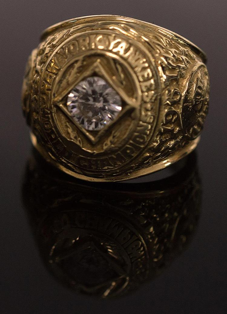 1961 Yankee World Series Champions Ring