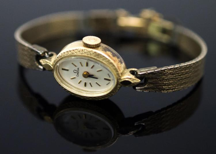10K Gold Fill Omega Ladies Wristwatch