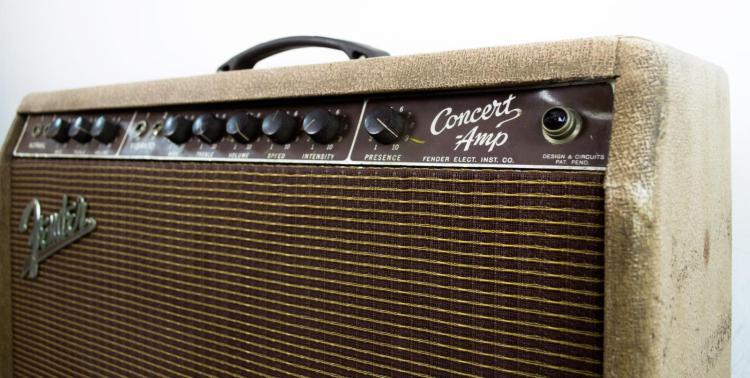Lot 3173 Rare Fender 1960 Concert Center Volume Amplifier