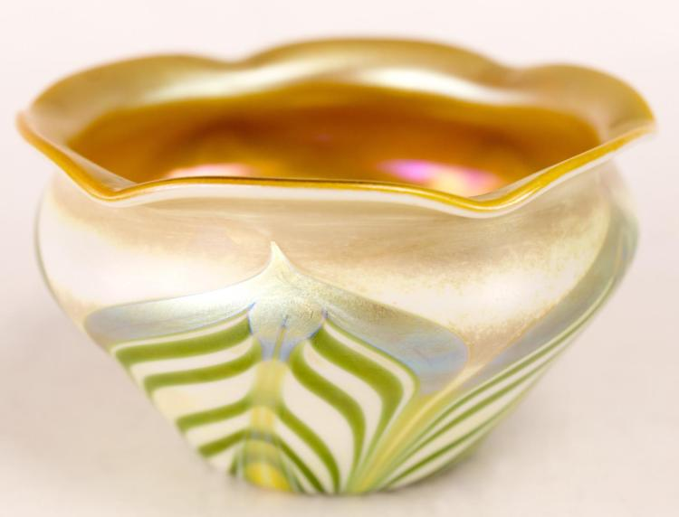 Tiffany LCT Pulled Feather Iridescent Glass Bowl