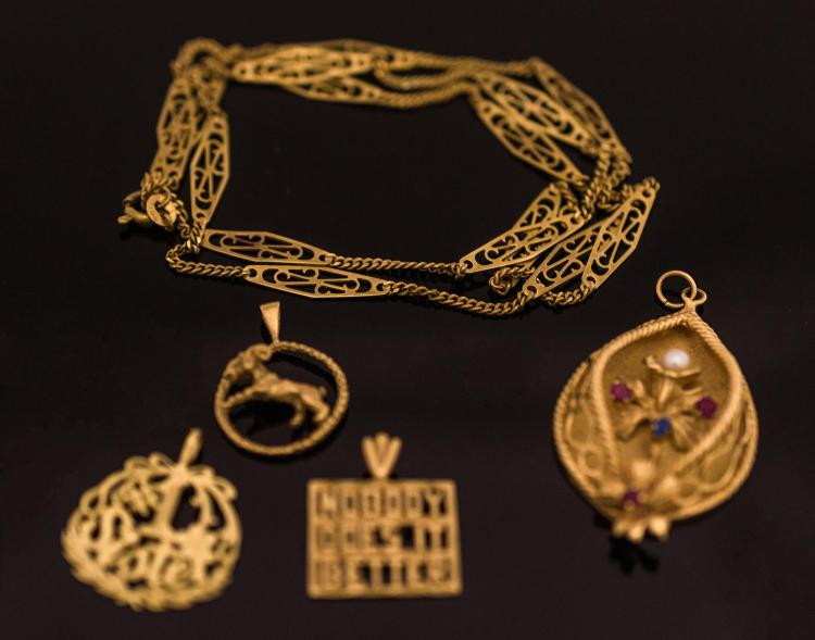 5Pc. 14K Gold Chain and Pendants