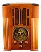 Vintage Zenith Long Distance Radio, N79558