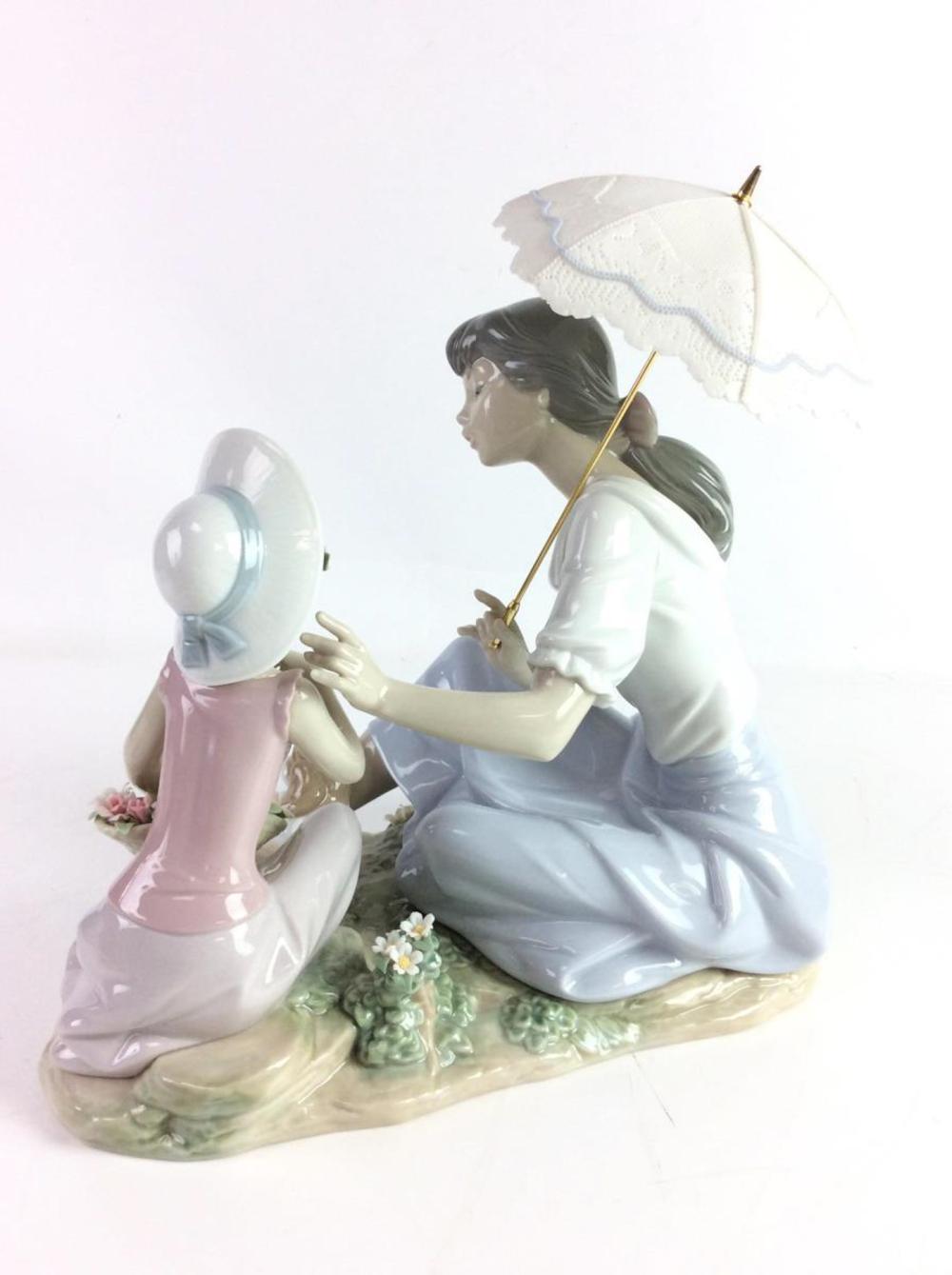 Lladro As Pretty As A Flower Figurine 6910