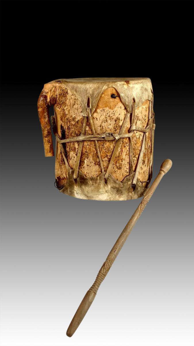 native ceremonial drum 3 20th c. Black Bedroom Furniture Sets. Home Design Ideas