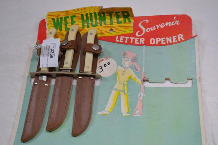 Vintage We Hunter Souvenir Letter Opener Store Display