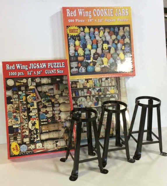 Exhibition Stand Crossword Clue : Red wing jig saw puzzle display stands