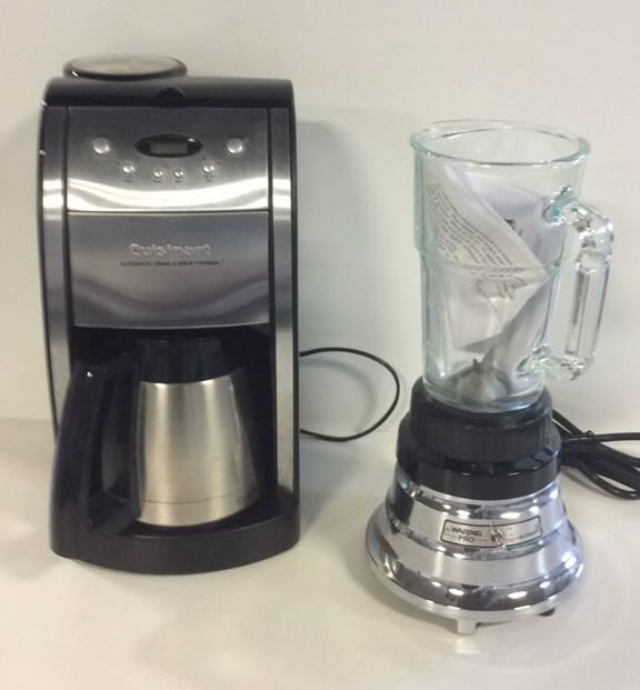 How To Use Waring Pro Coffee Maker : Cuisinart Coffee Maker w/ Waring Pro Blender