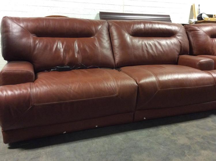 Chateau d39ax electric reclining leather sofa for Chateau d ax sectional leather sofa