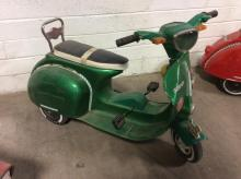 Green Young Lion Mini Pedal Scooter